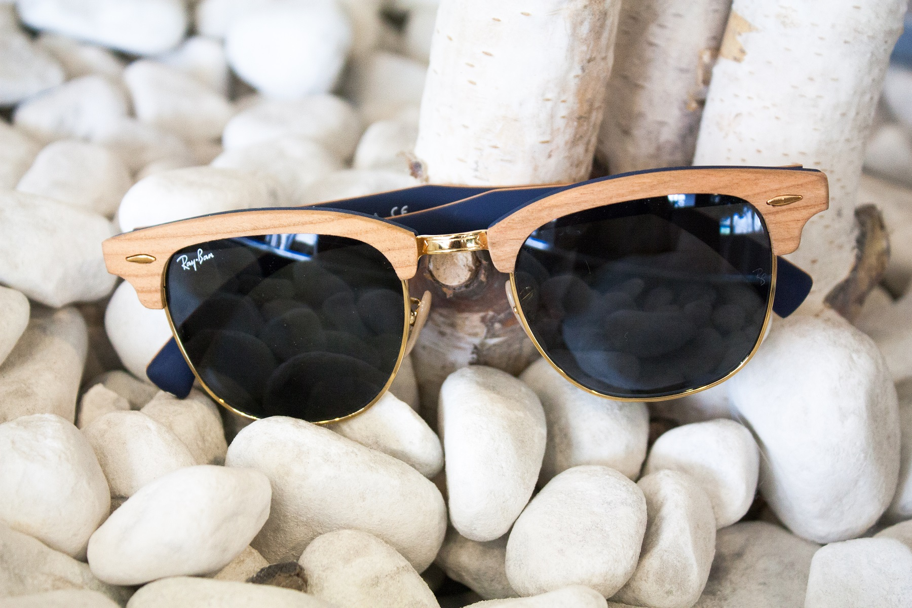 ea57e95c1c The Ray-Ban Clubmaster Wood  Discover the new Collection